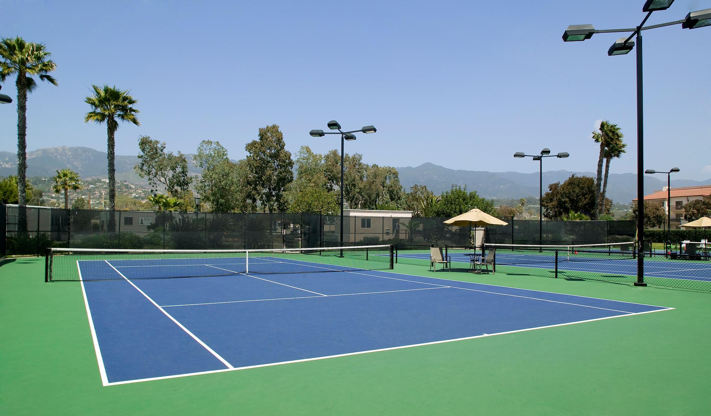 Dịch Vụ cho thuê sân Tennis