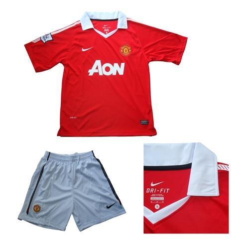 Bộ quần áo bóng đá MU