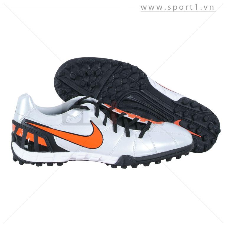 Giầy bóng đá 386471-081
